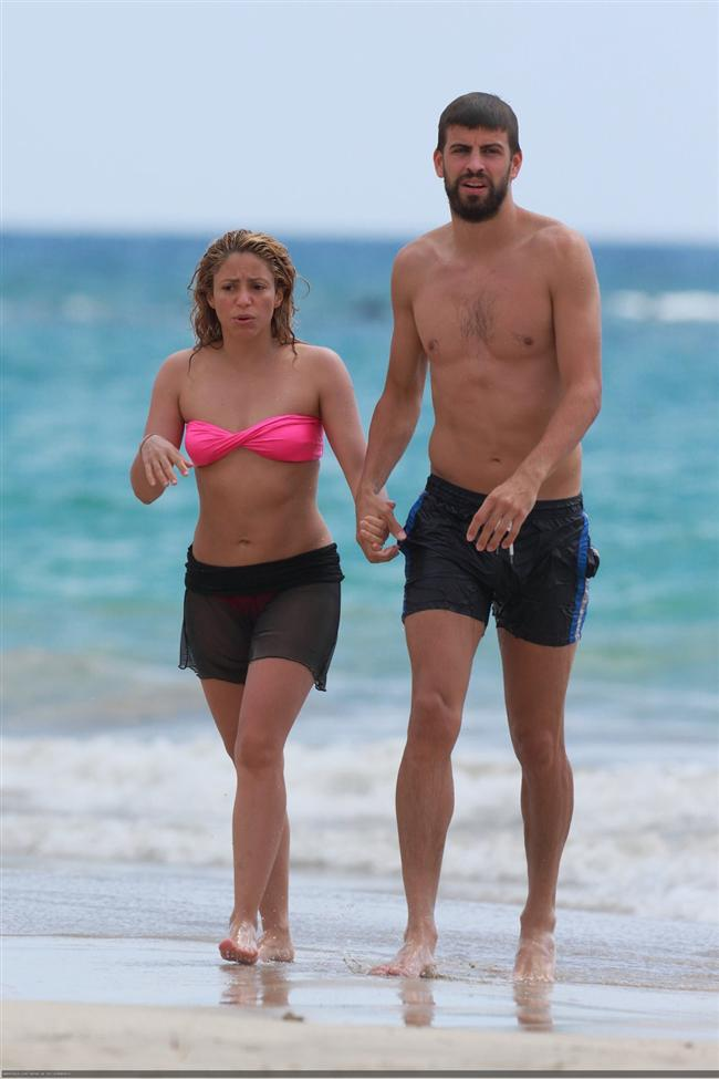 Shakira ve Gerard Pique tatilde - 15