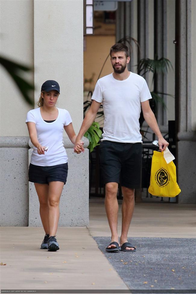 Shakira ve Gerard Pique tatilde - 18
