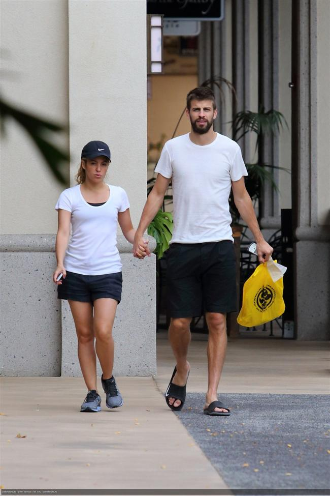 Shakira ve Gerard Pique tatilde - 21