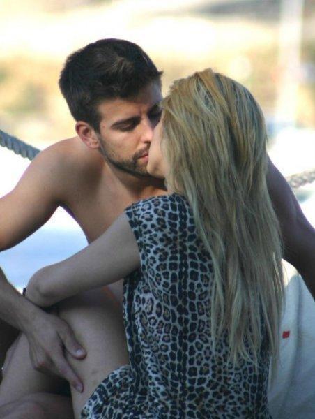 Shakira ve Gerard Pique tatilde - 42