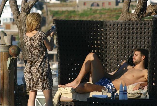 Shakira ve Gerard Pique tatilde - 30