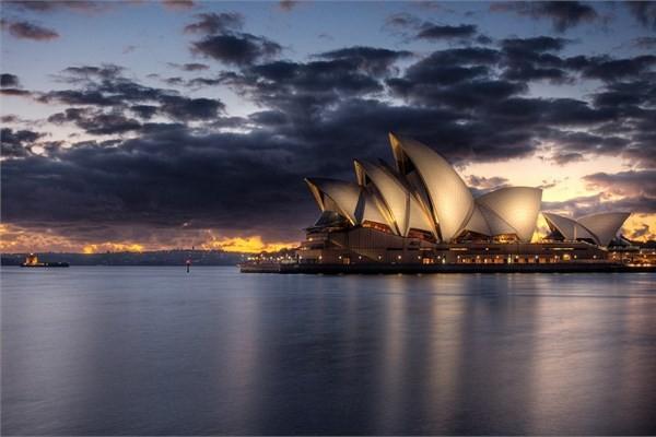 Bayram tatili için 80 farklı ülke ve bu ülkelerde mutlaka görülmesi gereken yerleri sizin için derledik. Bayramda nereye gitsem, ne yapsam diye düşünüyorsanız haberimize bir göz atın!  Avustralya - Sydney Opera Binası