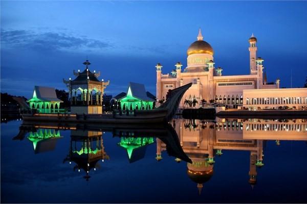 Brunei - Sultan Omar Ali Saifuddin Camisi - Bandar Seri Begawan
