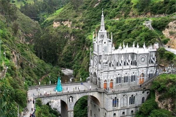 Kolombiya - Las Lajas Sanctuary - Ipiales
