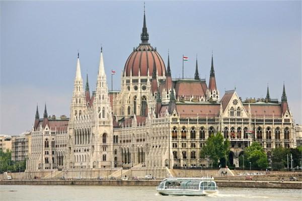 Macaristan, Budapeşte - Macaristan Parlamento Binası