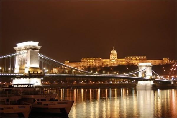 Macaristan, Budapeşte - Szechenyi Köprüsü