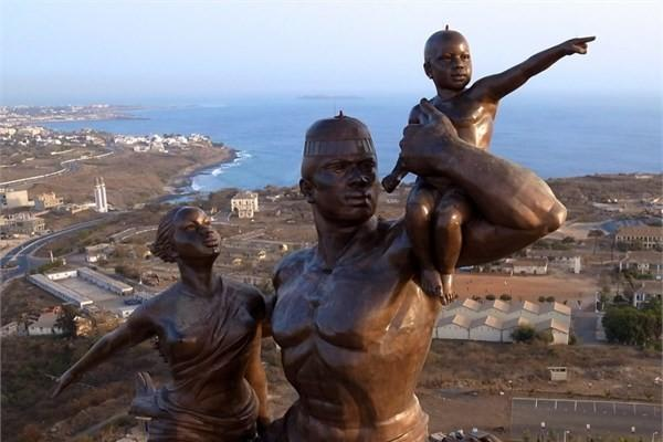 Senegal - Afrika Rönesans Anıtı - Dakar