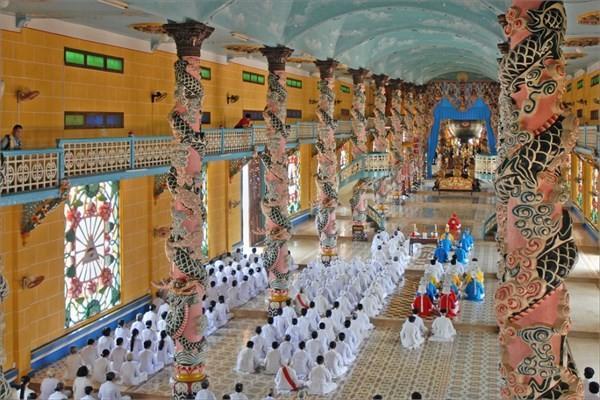 Vietnam - Cao Dai Tapınağı
