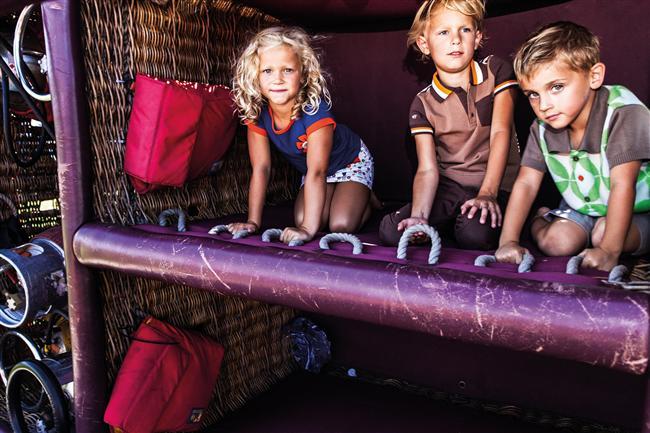 Nuuba&theGang'dan rafine tasarımlar  Çocuklar için çocuk ruhlu tasarımlarıyla çok sevilen Nuuba&theGang, tamamen organik ve hiçbir zararlı madde içermeden üretilen giysilere sahip markaları bir araya getiriyor. Marka yüzde 50'ye varan indirimi ile bayrama hazır.