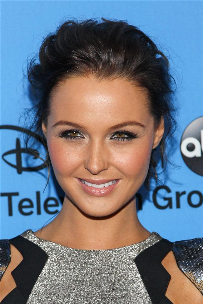 Oyuncu Camilla Luddington