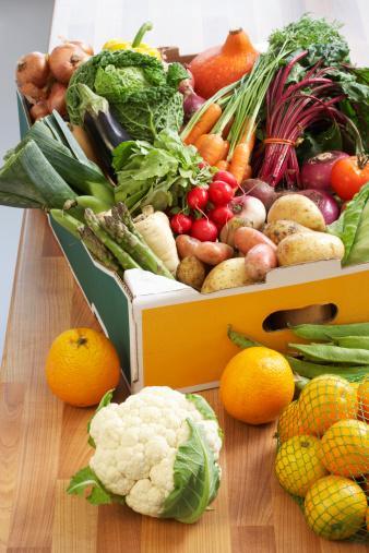 Organik sebzeler  Genellikle tüm sebzeler vücudun alkalin oranını artırıyor, ancak organik olanlar çok daha sağlıklı. Organik sebzelerin antioksidan ve lif oranı da oldukça yüksek. Yine de bezelye, kuru fasulye ve mısırın asitli sebzeler olduğunu unutmamalısınız.