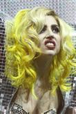 Lady Gaga ve çılgın kostümleri! - 15