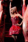 Lady Gaga ve çılgın kostümleri! - 34
