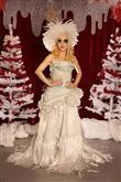 Lady Gaga ve çılgın kostümleri! - 48