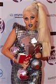 Lady Gaga ve çılgın kostümleri! - 51