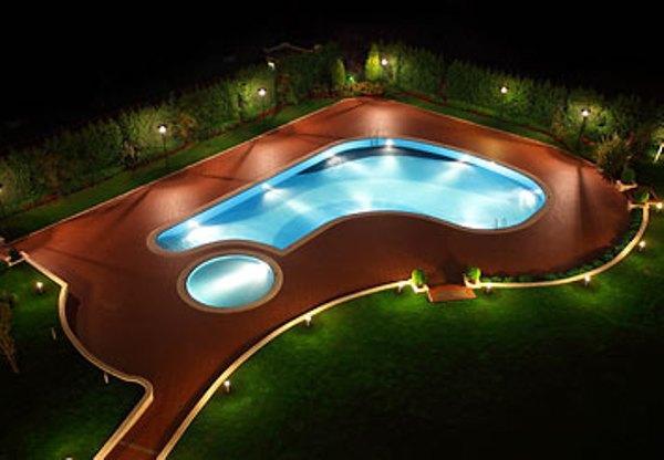 İstanbul'un en güzel yüzme havuzları - 10