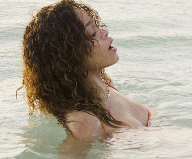 Rihanna - 209