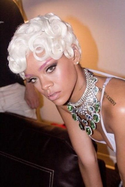 Rihanna - 14