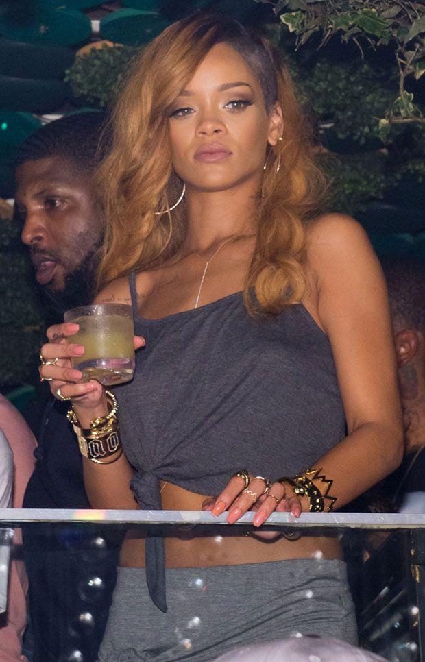 Rihanna - 51