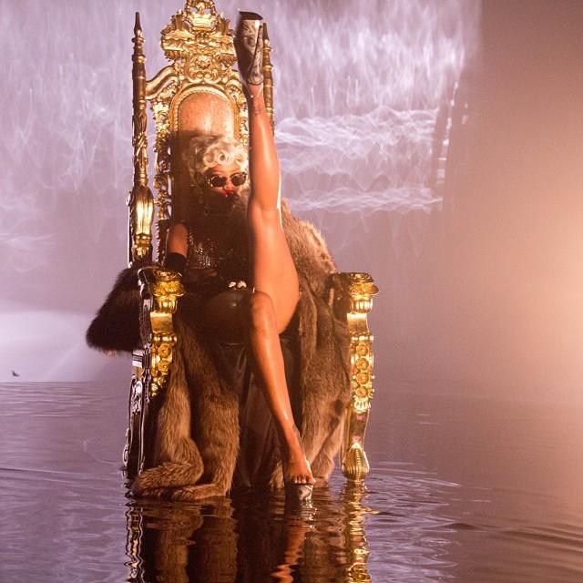 Rihanna - 10