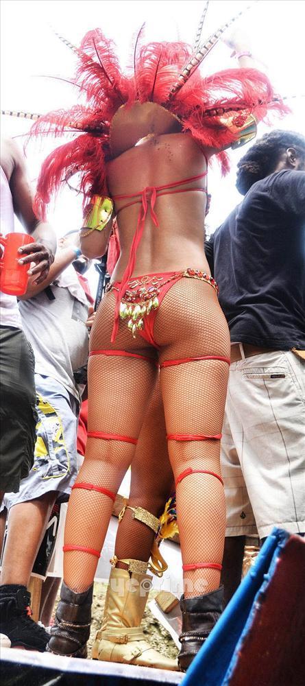 Rihanna - 302