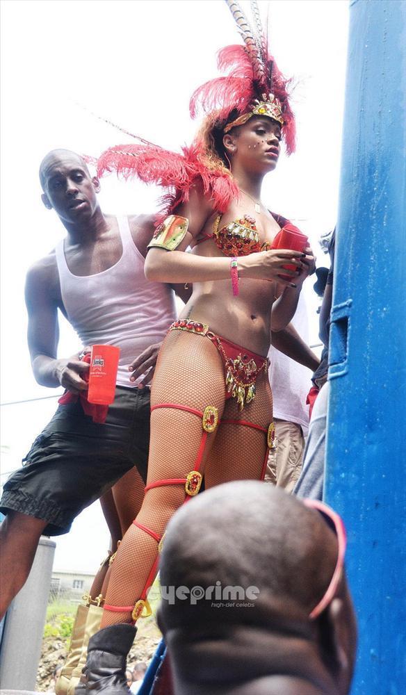 Rihanna - 304