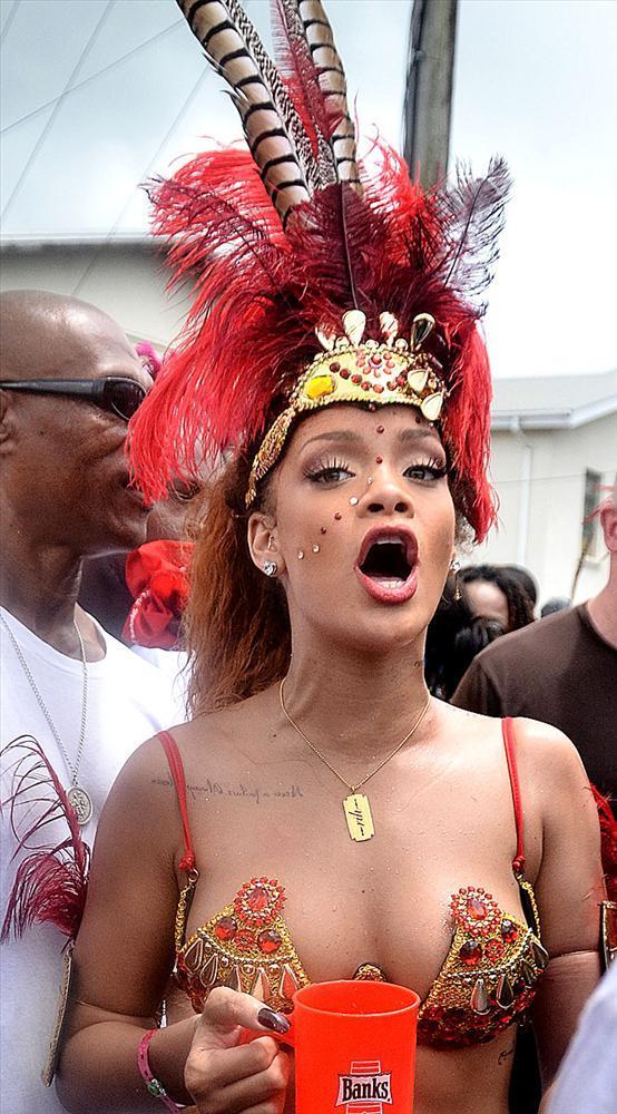 Rihanna - 315