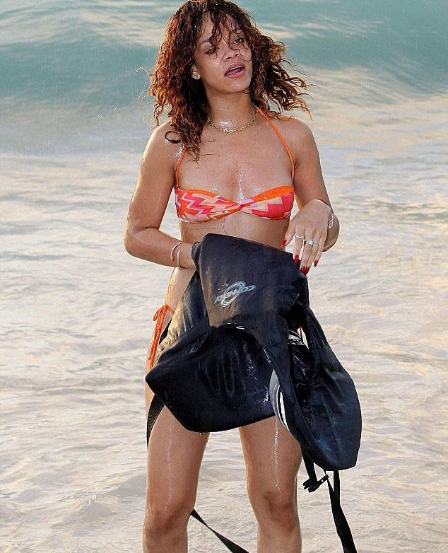 Rihanna - 276
