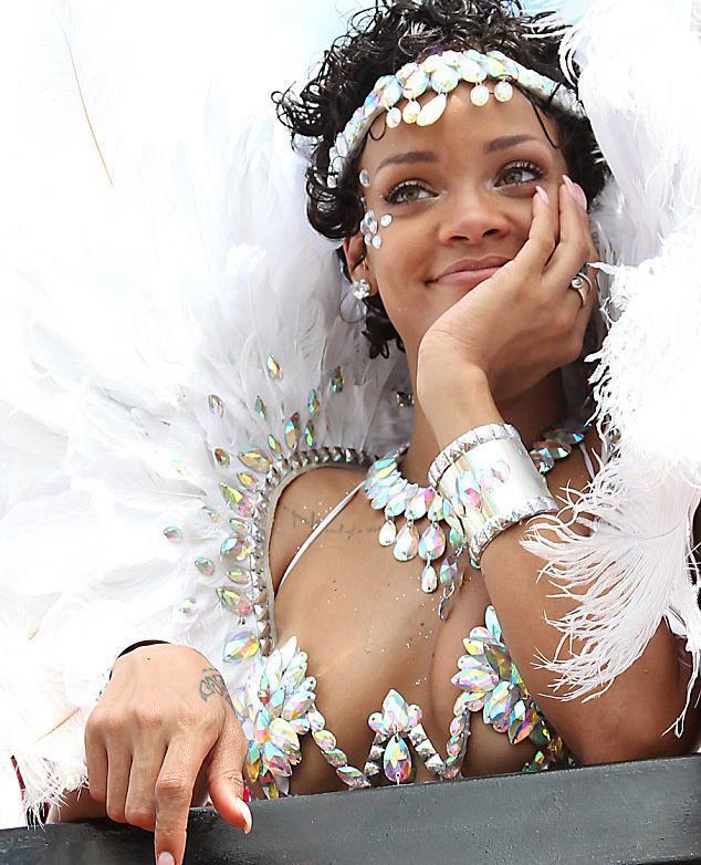 Rihanna - 119