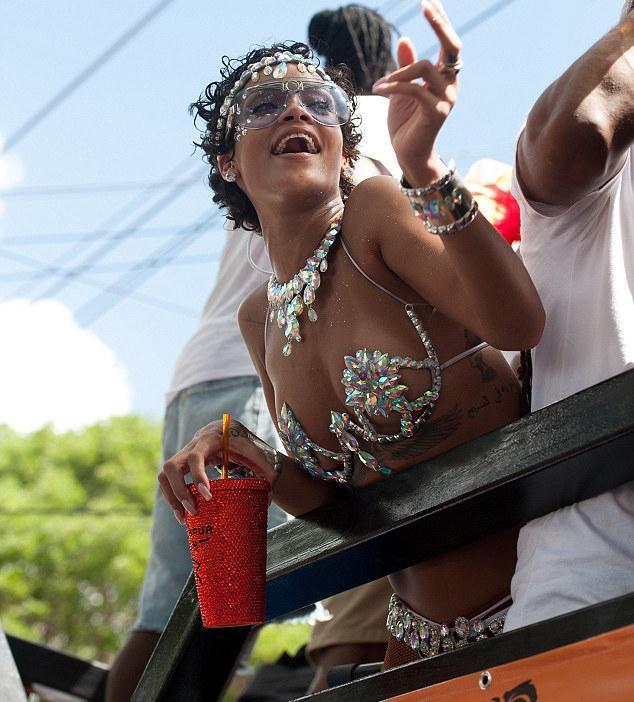 Rihanna - 121