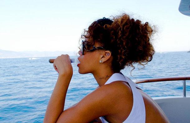 Rihanna - 280