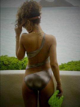 Rihanna - 290