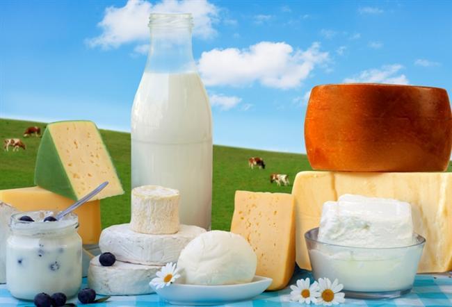 23) SÜT ÜRÜNLERİNİ İHMAL ETMEYİN  Süt ürünlerindeki kalsiyum, yağ yakmanıza yardımcı olur. Bu nedenle, gün içinde en az iki öğününüzde süt ya da süt ürünlerinden birini tüketin.     24) GRUPLARA KATILIN   Grup içinde olmak her zaman tek başınıza olmaktan iyidir. Bu nedenle bir egzersiz programına yazılabilir ve grup egzersizi yapabilirsiniz.