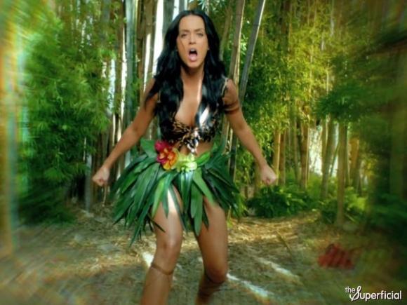Dişi tarzan: Katy Perry! - 24
