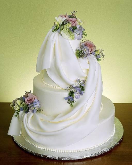 Tasarım harikası düğün pastaları - 6