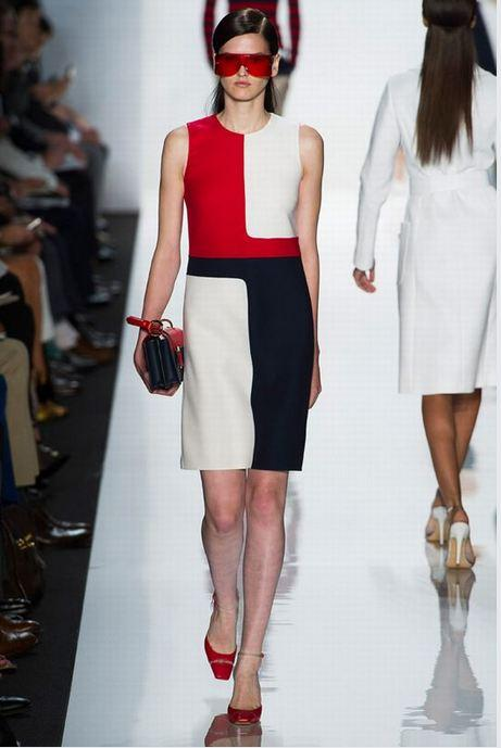 Grafik desenli lacivertli kırmızılı elbise