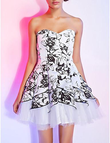 Grafik desenli straplez mini elbise