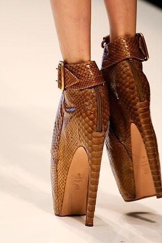 Dünyanın en değişik ayakkabıları - 29