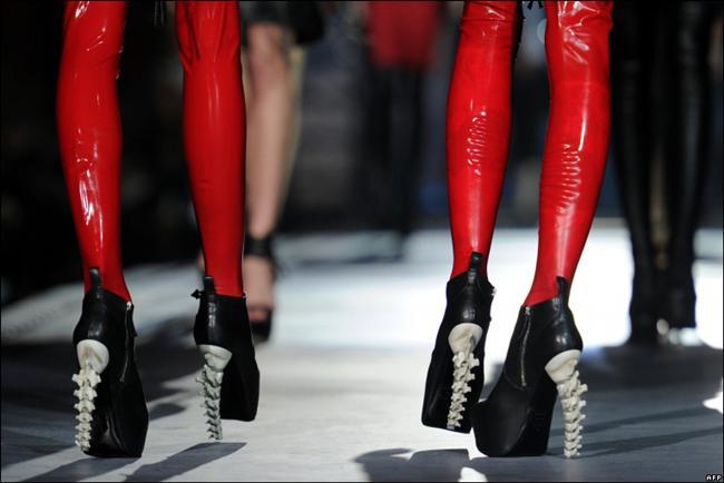 Dünyanın en değişik ayakkabıları - 20