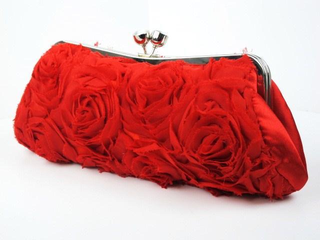 Gül detaylı kırmızı portföy çanta