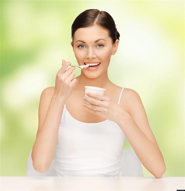 8- Yemeklerinizin yanına eklediğiniz iki-üç kaşık yoğurt yüksek kalsiyum içeriği nedeni ile metabolizma üzerine olumlu etkileri var.