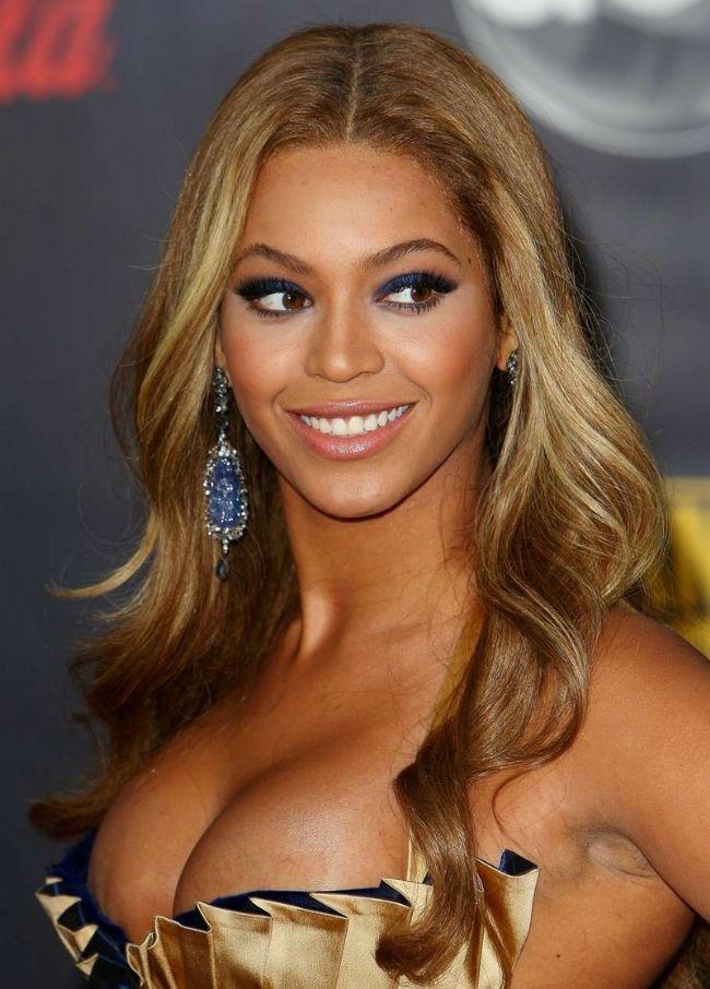 Başak burcu  Beyonce  İşte diğer Başak Burcu güzellerinden bazıları: Cameron Diaz, Blake Lively, Salma Hayek...