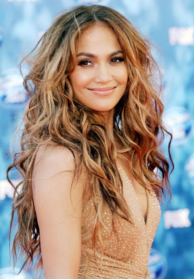 Aslan burcu  Jennifer Lopez  İşte diğer Aslan Burcu güzellerinden bazıları: Halle Berry, Andrey Toutau, Charlize Theron...