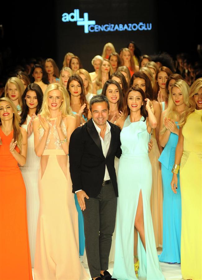 """Cengiz Abazoğlu hakkında:   2006 senesine kadar sadece ısmarlama ya da kişiye özel diye tanımlanan """"Haute Couture"""" tarzında kendi atölyesini İstanbul Nişantaşı'da kurmuş ve koleksiyonlarını hazırlamaya devam etmiştir.   2006 senesinden itibaren hazır giyim konusunda da faaliyet göstermeye başlamıştır. 2009 yılından bu yana İstanbul'un yanı sıra yurt dışında Paris Haute Couture haftasında da koleksiyonlarını sergilemektedir.   1988 senesinde ilk defilesini İstanbul """"Vizon Show"""" bünyesinde gerçekleştirmiş ve bu koleksiyonu büyük ilgi görmüştür. Cengiz Abazoğlu """"Gelinlik Modelleri"""" ile de kendini kanıtlamış ve oldukça gösterişli tarzı ve kalitesi ile her zaman ön planda olan modacılardandır.   Cengiz Abazoğlu, Show Tv.de yayınlanan """"Bugün Ne Giysem programı""""nda danışmanlık yapmaktadır. Ayrıca Kanal D ekranlarından """"Bana Her Şey Yakışır"""" yarışma programını sunmaktadır.Cengiz Abazoğlu'nun en çok giydirmek istediği kişi  """"Madonna""""dır."""