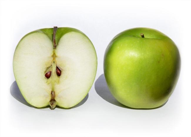 -Sabahları elma yemek, kahve içmekten daha fazla uykunuzu açar.