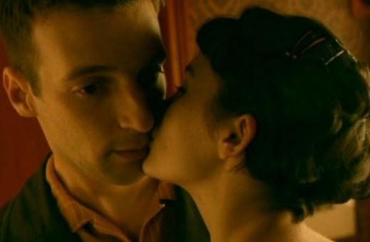 Filmlerdeki aşkların en güzel işaretleri - 3