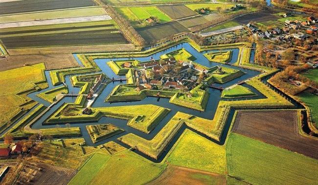 Fort Bountage, Hollanda