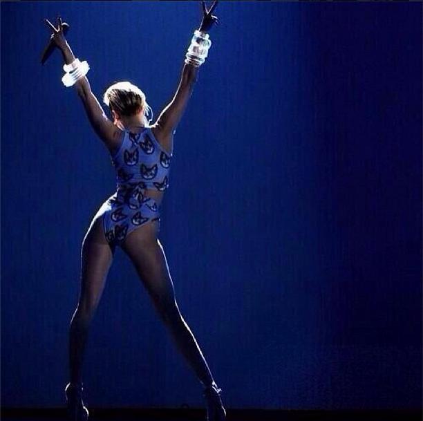 Miley Cyrus http://instagram.com/mileycyrus#