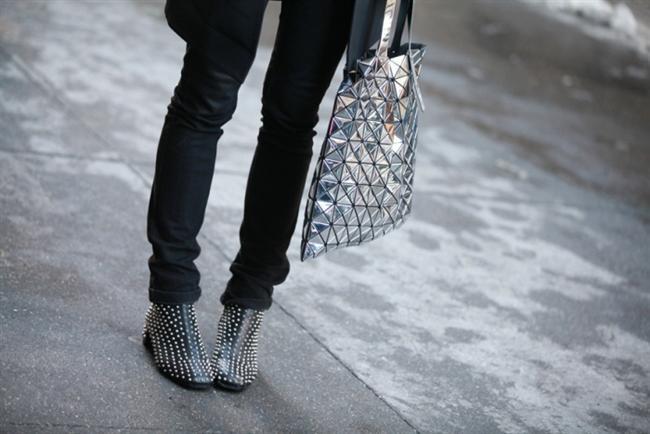 Metalik çanta
