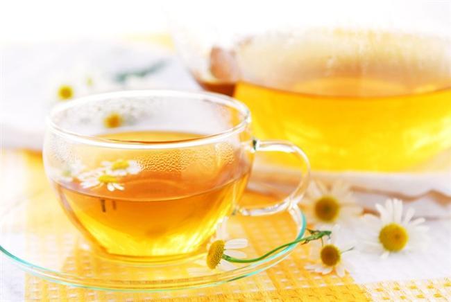 Zencefil, rezene, papatya ve nane çayı karın guruldamasını geçirir.